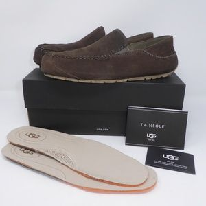 UGG Upshaw Leather Loafer/Slip On Collapsible Heel